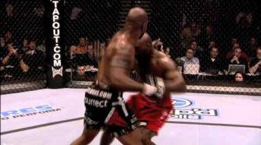 UFC 123: Rampage vs Machida (трейлър)