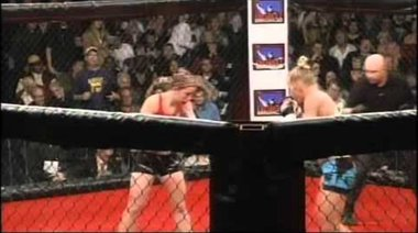 Holly Holm wins in 2nd in MMA debut