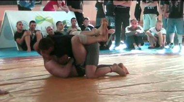 Владислав Кънчев срещу Мирослав Кирилов (финал 77 кг)