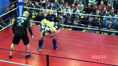 Петър Петров срещу Денис Тельов (финал -60 кг)