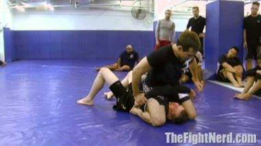 Rory Macdonlad показва техника от маунт