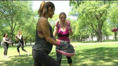 Как тренират жените