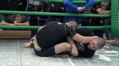 Яник Кумбаски срещу Йонко Камбуров (граплинг)