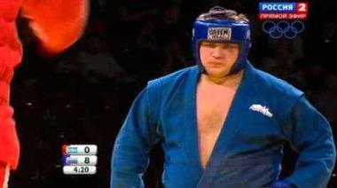 Сиделников срещу Аушев на финалите по самбо 2013