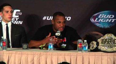 Пресконференция след UFC 170