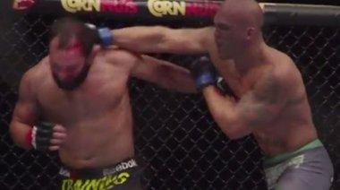 UFC 181 на забавен кадър