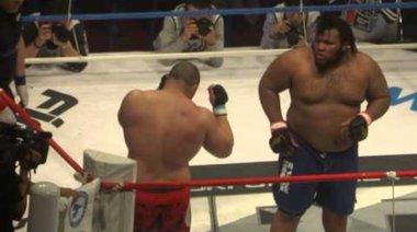 Chris Barnett vs. Emil Zahariev - рунд 1