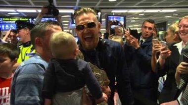Посрещането на Conor в родната му Ирландия