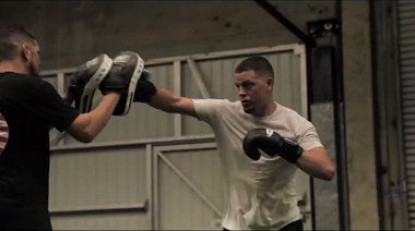 Нейт и Ник Диаз тренират
