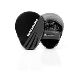 Лапи - Bad Boy Training Series Impact Focus Mitts - Black / Grey​ Tреньорски аксесоари