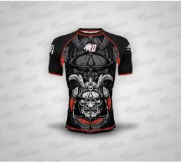 Dominator - Рашгард с къс ръкав / Samurai Бойни спортове и MMA, Спортни облекла и Дрехи, Хранителни добавки на промоция, Рашгарди