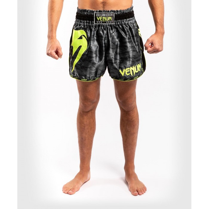 Муай Тай Шорти - Venum Giant Camo Muay Thai Shorts -Black/Yellow​
