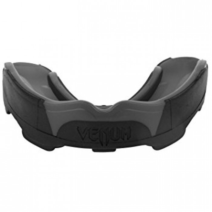 Протектор за уста - VENUM PREDATOR MOUTHGUARD - Black/Black 