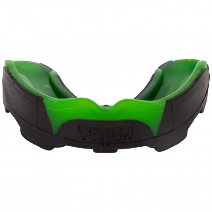Протектор за уста - VENUM PREDATOR MOUTHGUARD - Black/Green ​