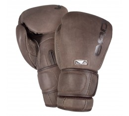 Боксови Ръкавици - BAD BOY LEGACY 2.0 BOXING GLOVES / BROWN Други ръкавици