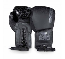 Боксови Ръкавици - BAD BOY LEGACY 2.0 BOXING GLOVES  LACE UP / BLACK​