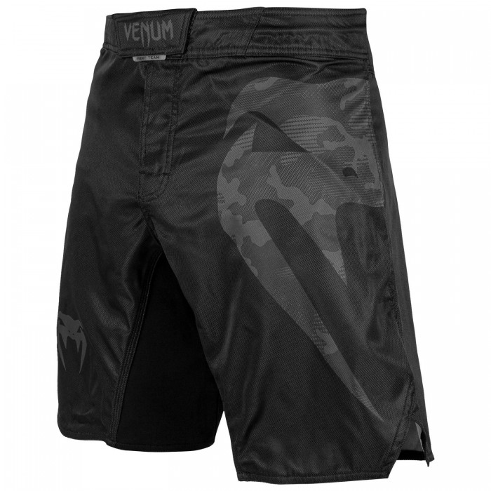 Шорти - Venum Light 3.0 Fightshorts - Black/Dark camo​