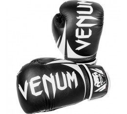 Боксови ръкавици - VENUM CHALLENGER 2.0 BOXING GLOVES / BLACK Боксови ръкавици