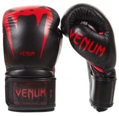 Боксови ръкавици - VENUM GIANT 3.0 BOXING GLOVES / BLACK/DEVIL​